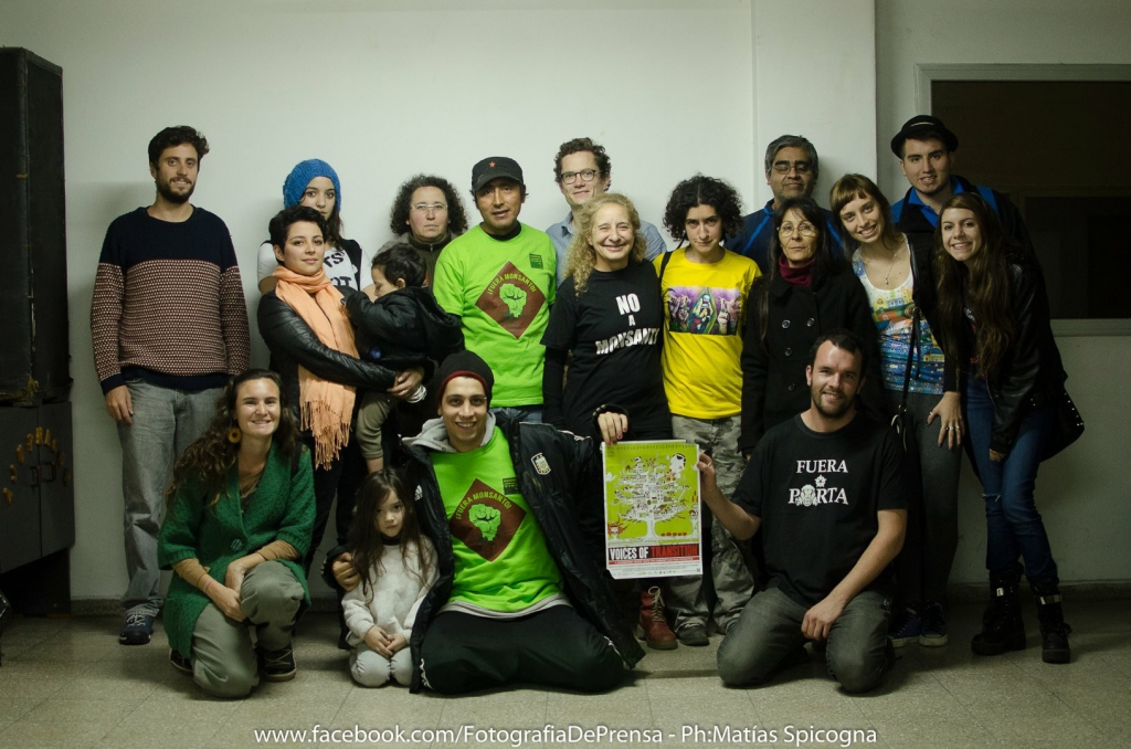 Spicogna Foto Cordoba.JPG The young team of activists around Merce Cohen who organized the screening in Córdoba